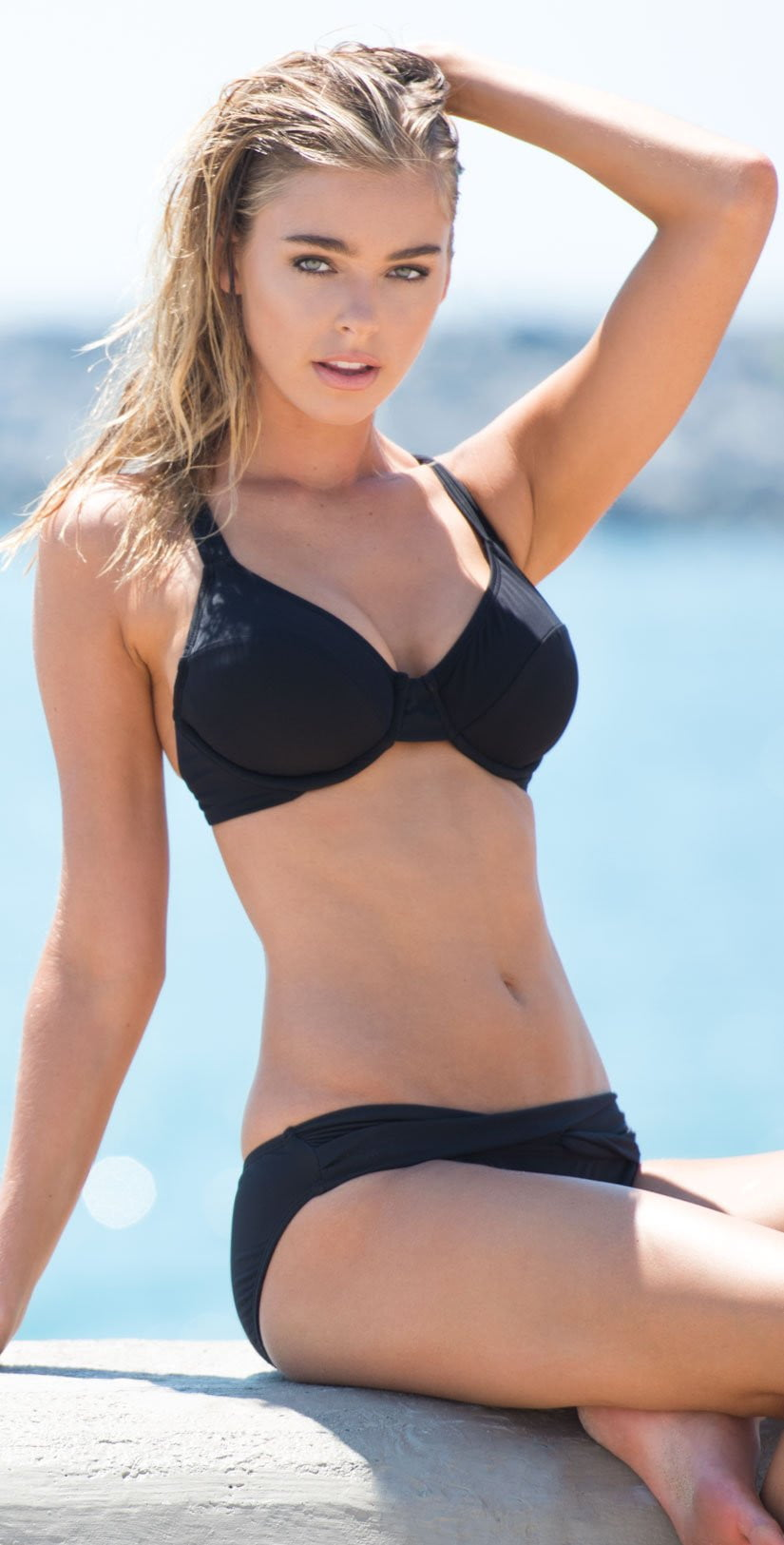 Sunsets Bardot Underwire Top in Black 57-Black: