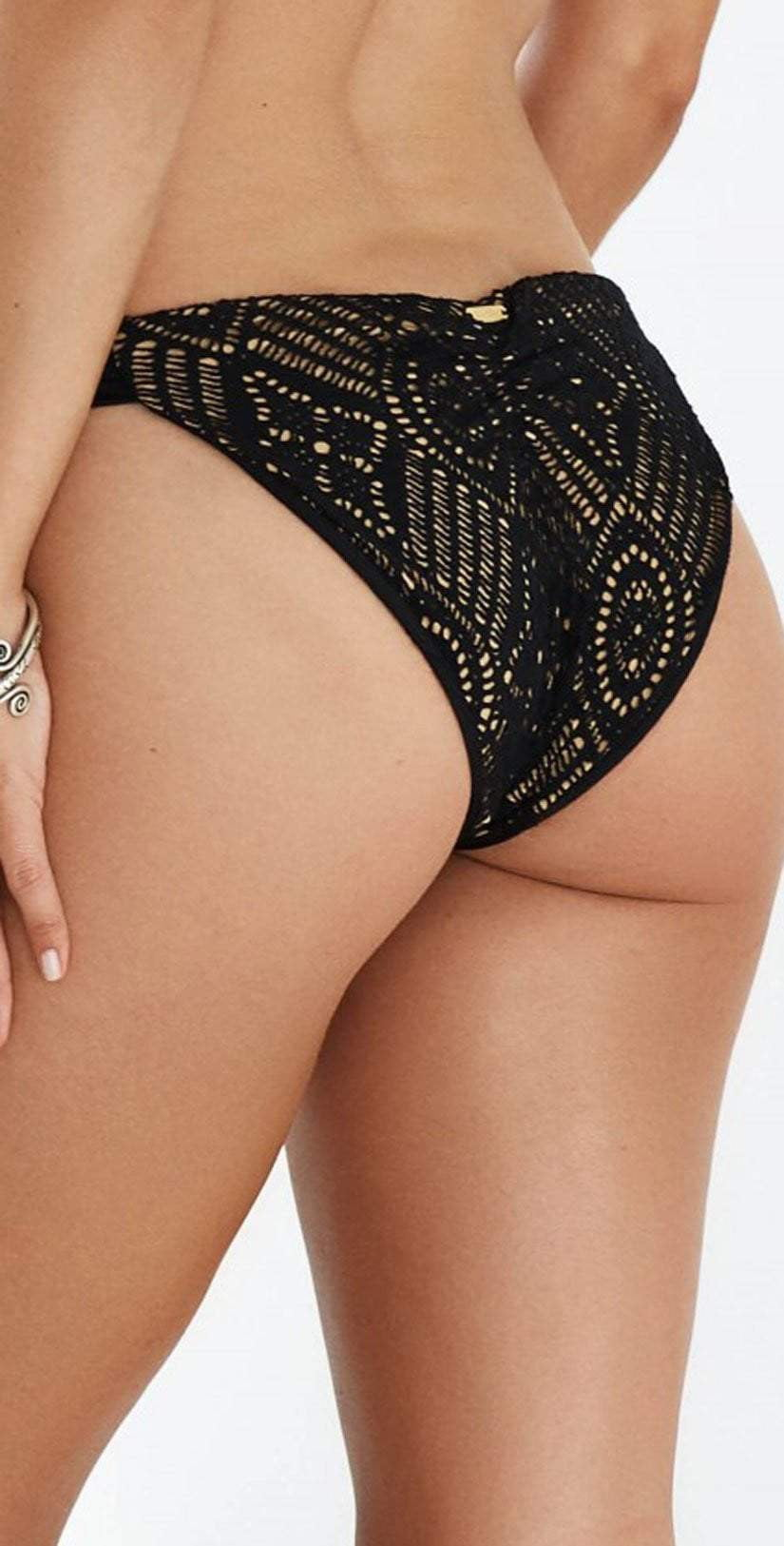 Beach Bunny Love Me Like You Do Sweetheart Bottom In Black B17113B5-BLCK: