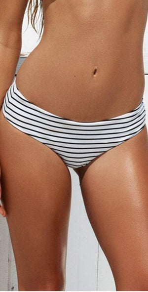 Beach Bunny Fine Lines Reversible Hipster Bottom B17106B8R-STRP: