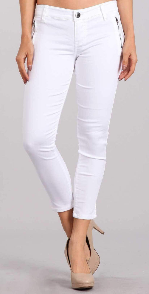 Celebrity Pink Skinny Mid Rise Crop Pant In White