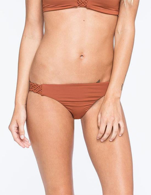 Quintsoul Fashion Colors Macrame Sides Bottom in Cognac W15195673: