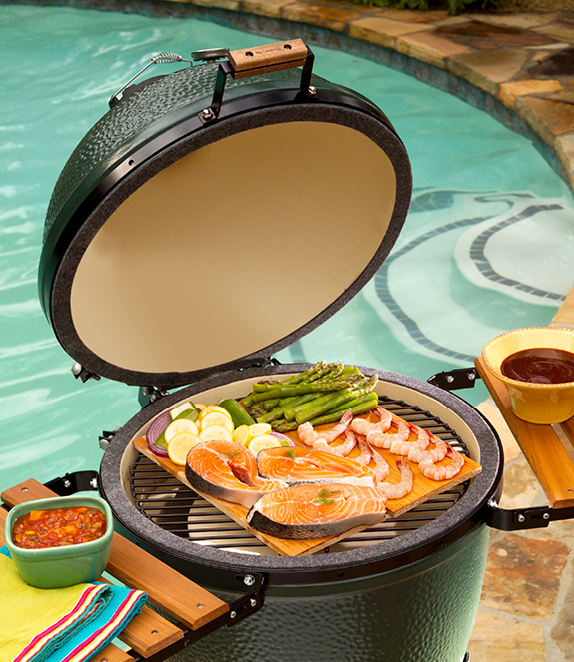 Big Green Egg Cooker