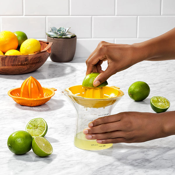 OXO 2-In-1 Citrus Juicer