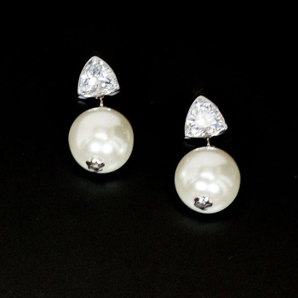 Triangle Cubic With Pearl Earrings