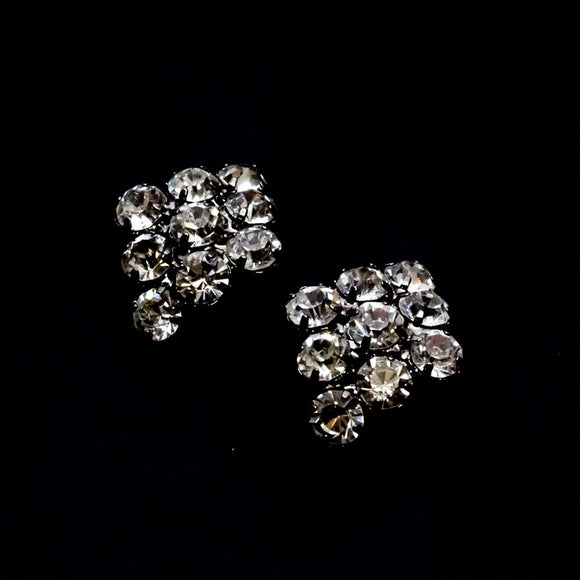 Grey Rhinestone Earring