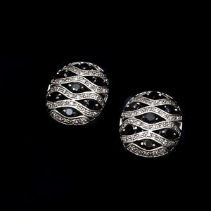 Oval shape Rhinestone Stud earrings