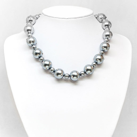 Alternating Pearl Necklace