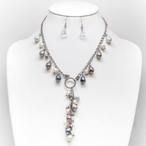 Teardrop Pearl Loop Necklace and Earring Set