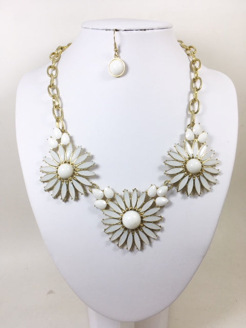 White Color  Necklace