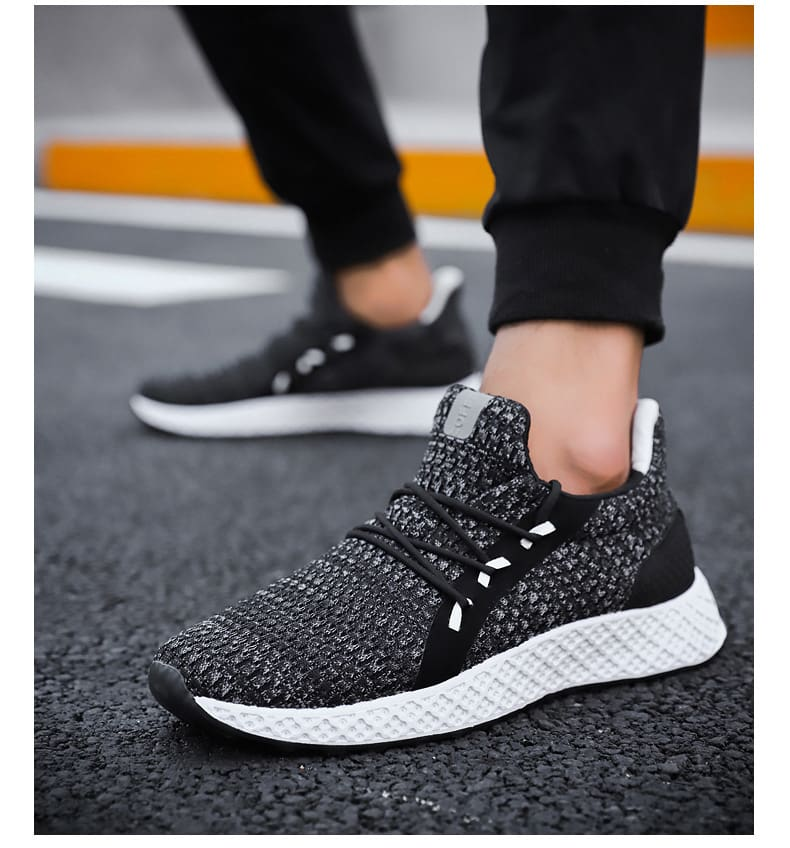 Men Breathable Comfortable Casual Shoes.