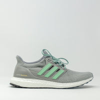 Adidas UltraBOOST Statue of Liberty