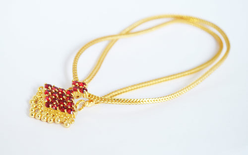 Red stone simple necklace -  by Shrayathi