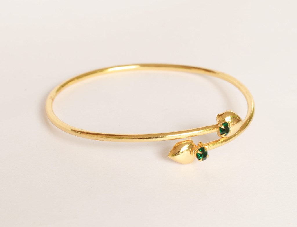 Heart bangle with green stones - Bangle by Shrayathi