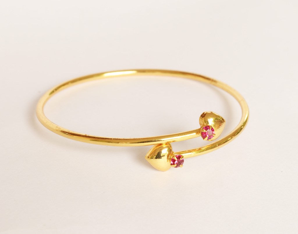 Heart bangle with pink stones - Bangle by Shrayathi