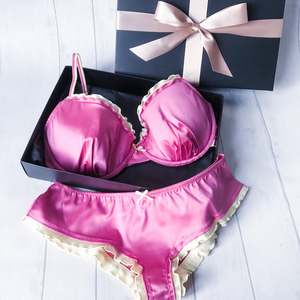 Glamour Lingerie Gift Set - includes Bra your choice of Short or Thong in a Gift Box (A to F cup)