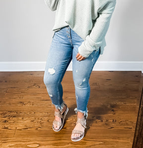 Tristen Distressed Jeans