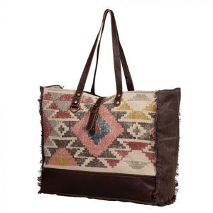 Pretty-Cool Weekender Bag