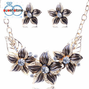 Flower necklace set in 4 colors