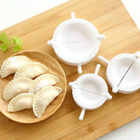 3pcs Novelty DIY Plastic Dough Press Dumpling Makers Moulds in Different Sizes (White)