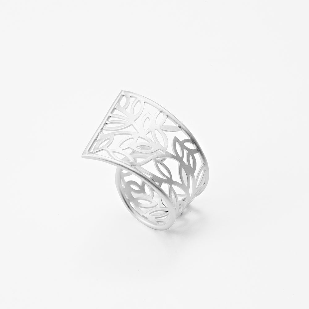 Leaves Ring