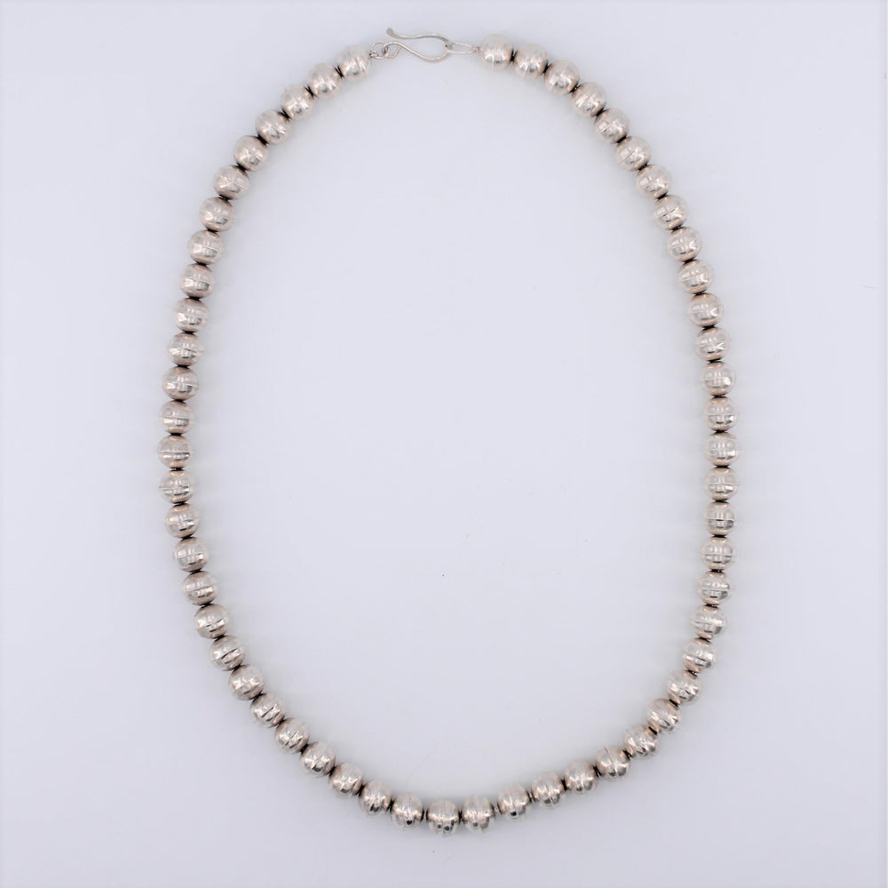 22in. Sterling Silver Navajo Pearl Necklace