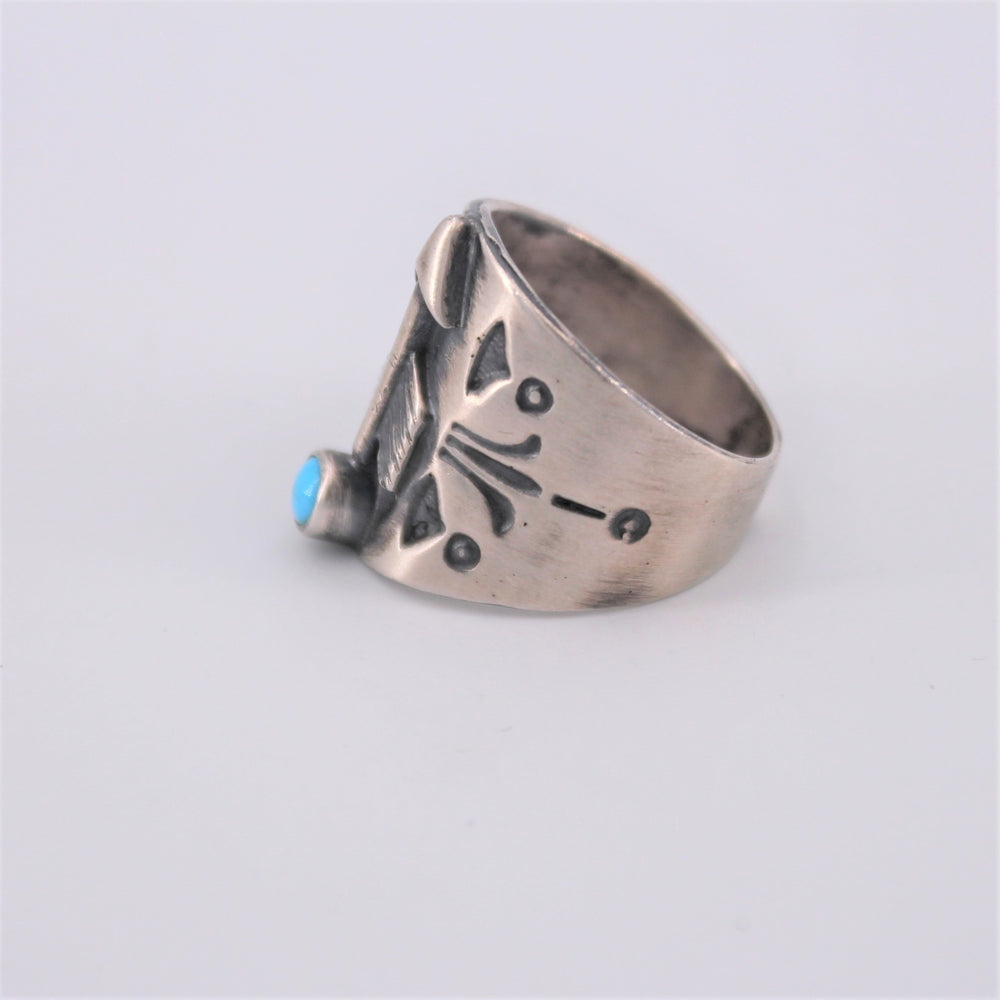 Sleeping Beauty Arrow Ring