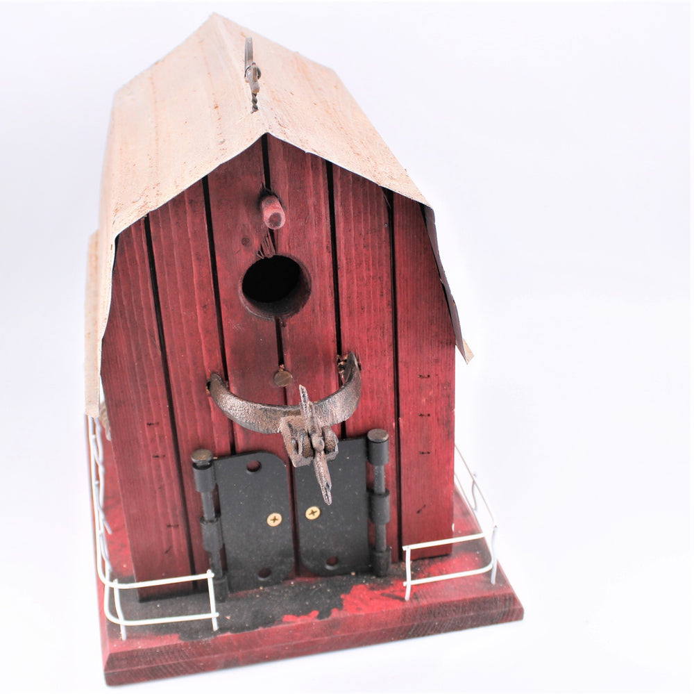 The Barn Birdhouse