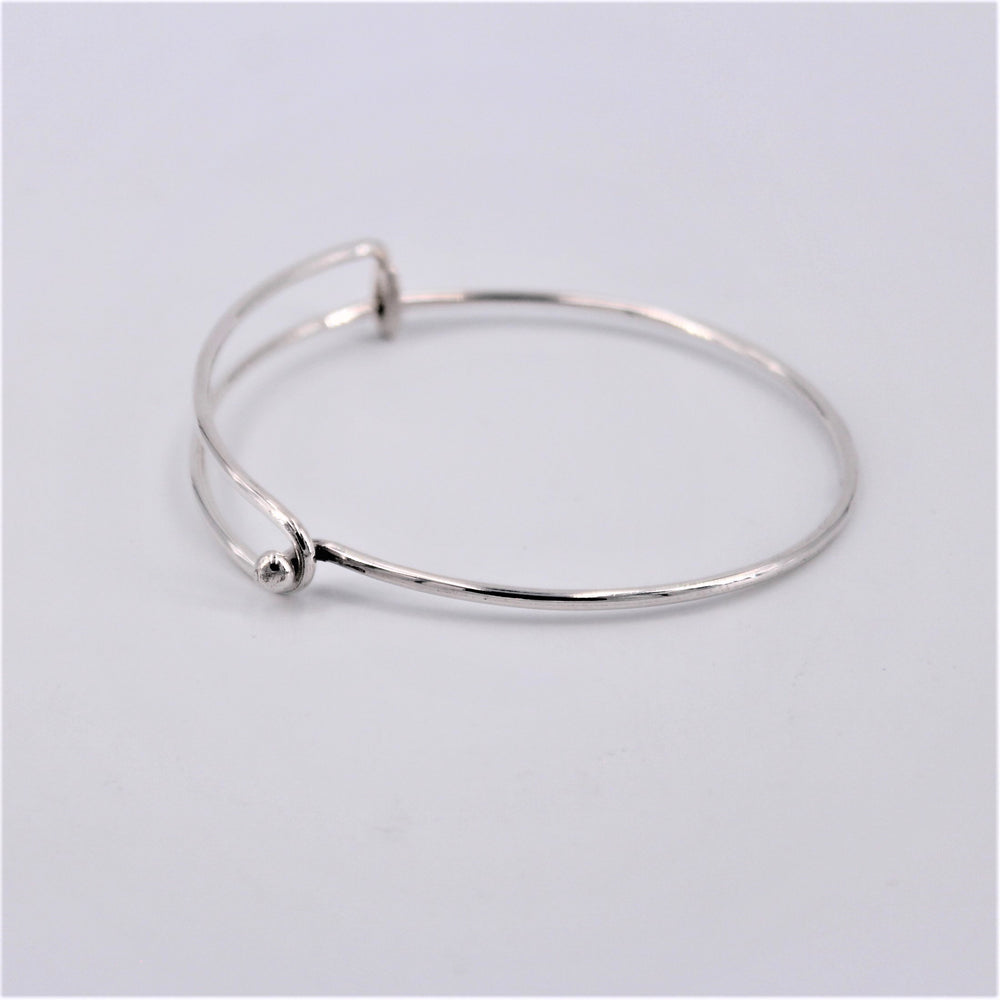 Simple Wire Bangle