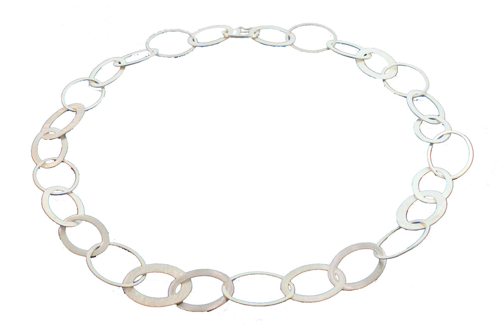 SILVER OPEN OVALS NECKLACE