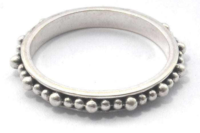 Inda Thin Beaded Ring