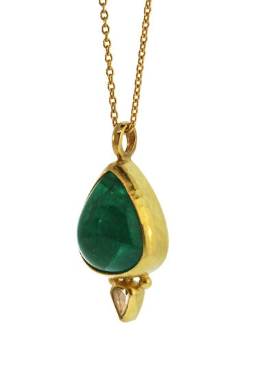 Pear Shape Emerald Neckalce