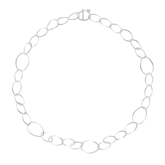 SILVER TWISTED OVAL NECKLACE