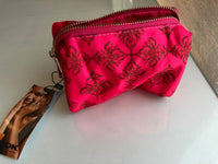 Small beautiful toiletry bag (Summer Red)