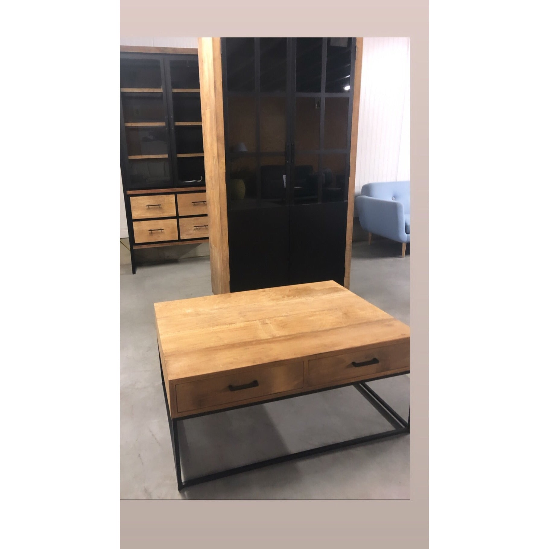 Unieke stukken in teak in combinatie met black iron  - Inspiroo powered by IMwillems