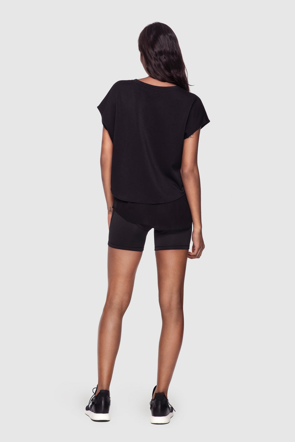 Athleisure Double-Layer Top Black - Kiki de Montparnasse