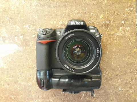 Nikon D300 Package Set with additional Lens