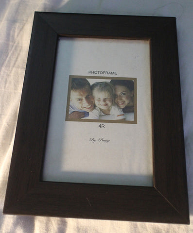 4R Photo Frame - WyldekardeWorld