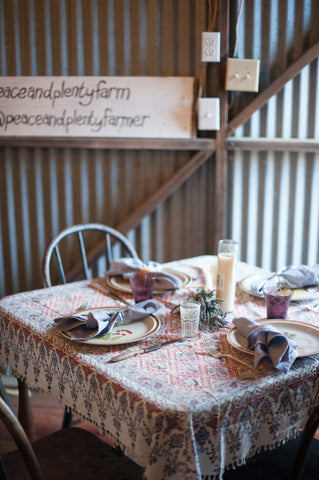 table at peace and plenty farm thanksgiving