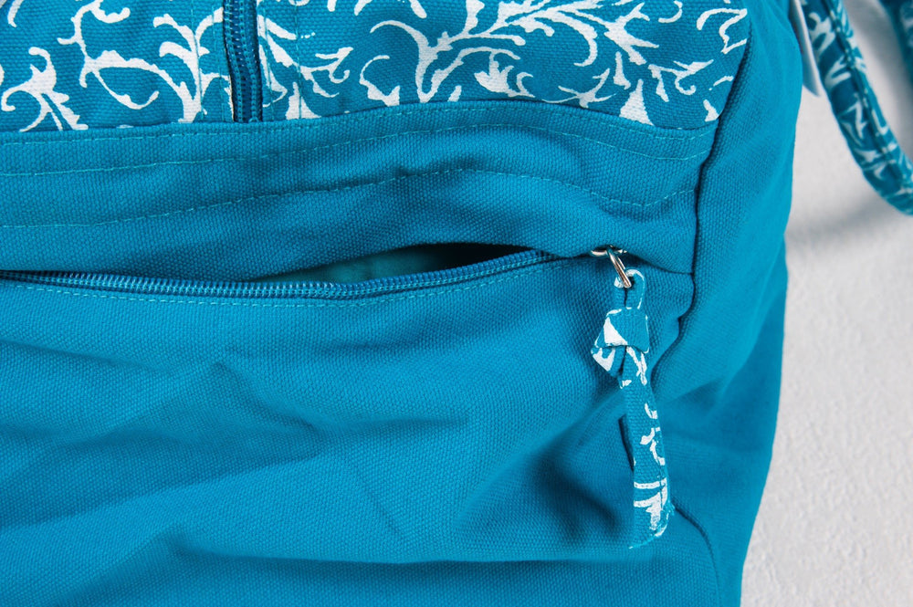 Turquoise Organic Cotton Kit Bag Zip Detail - Ekotex Yoga