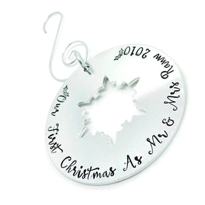 Our First Christmas as Mr & Mrs Christmas Tree Decoration, First Christmas Married 2018 Tree Decoration, Mr and Mrs 2018, Xmas Tree Ornament