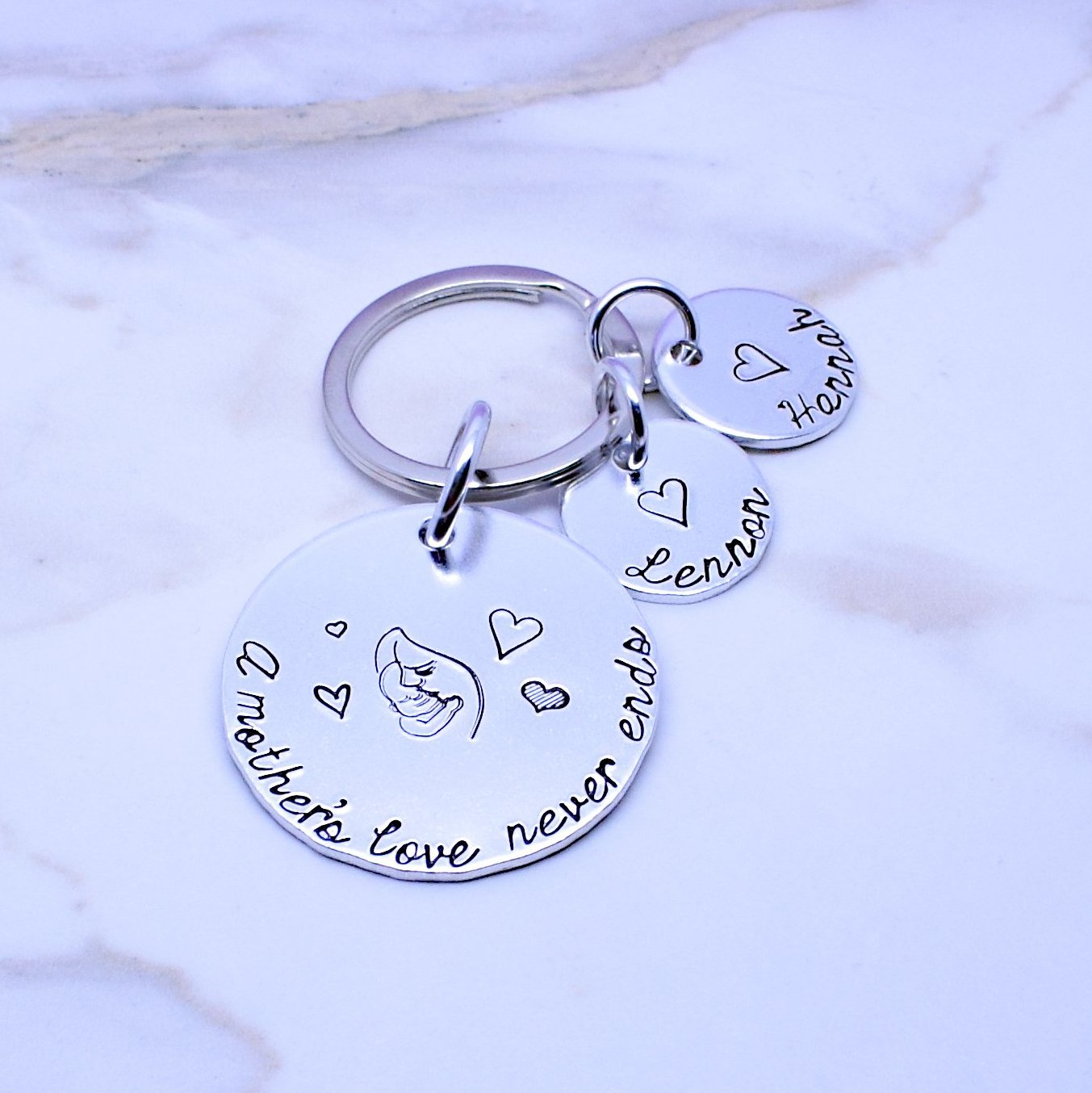 A Mother's Love Never Ends Personalised Keyring, This Mummy Belongs To Keyring, Mum Mom Mummy Stepmum Keyring, Personalised Mum Gift, Personalised Mothers Day, Gift For Mum, Keychain