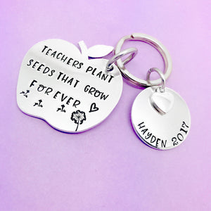 Teachers Plant Seeds That Grow Forever personalised keyring