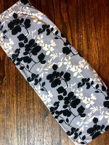 "S/M Leggings ""Floral Silhouettes"""