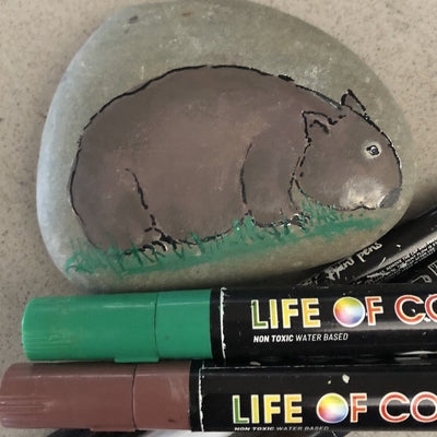 Learn to paint a wombat on a rock with this easy step by step tutorial