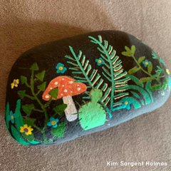How to use Life of Colour stencils on Rocks