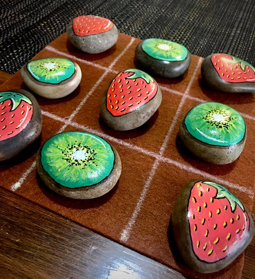 Watermelon and kiwi tic-tac-toe with rocks | Samantha Dorahy