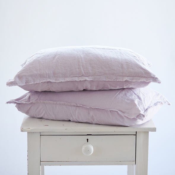 Pair of Linen Pillowcases in Lilac