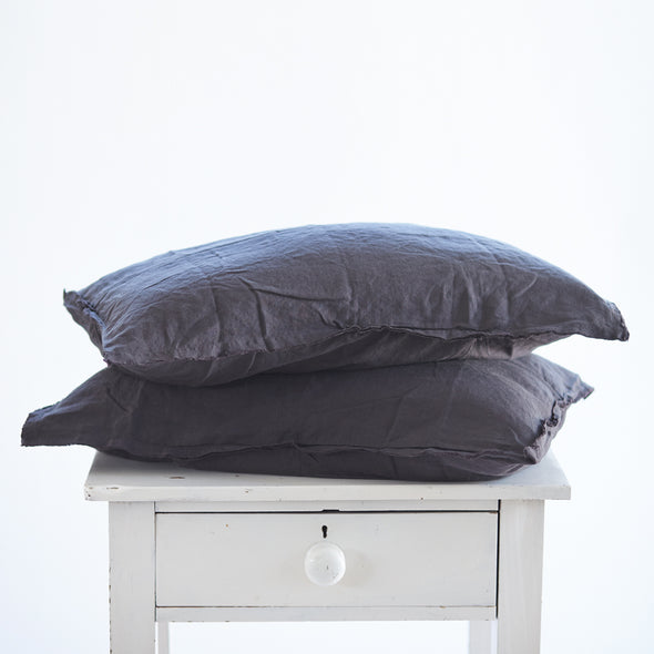 Pair of Linen Pillowcases in Dark Charcoal