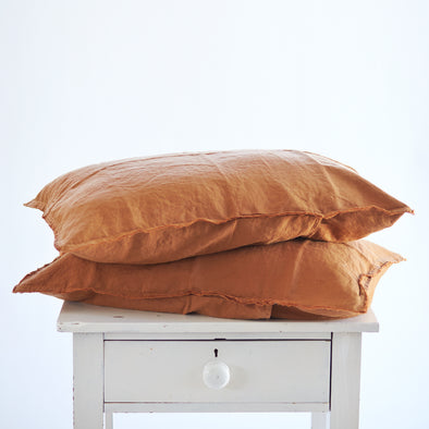 Pair of Linen Pillowcases in Tobacco