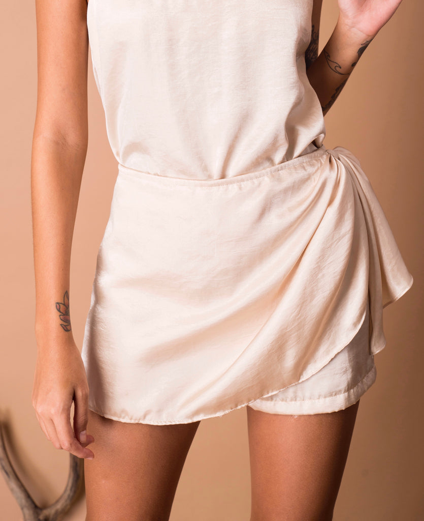 ABBOT SHORTS PEARL